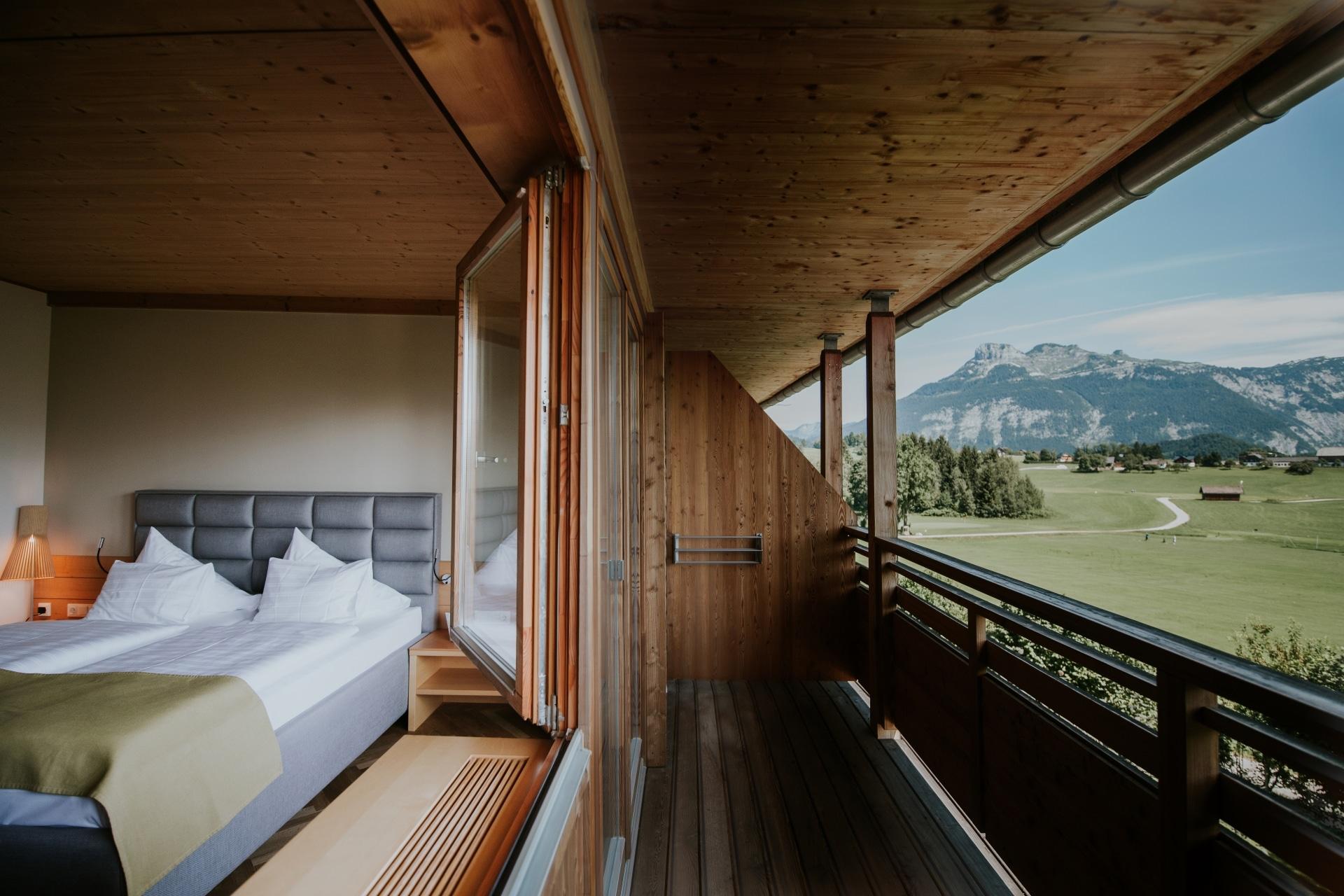 Zimmer mit Ausblick auf den Dachstein