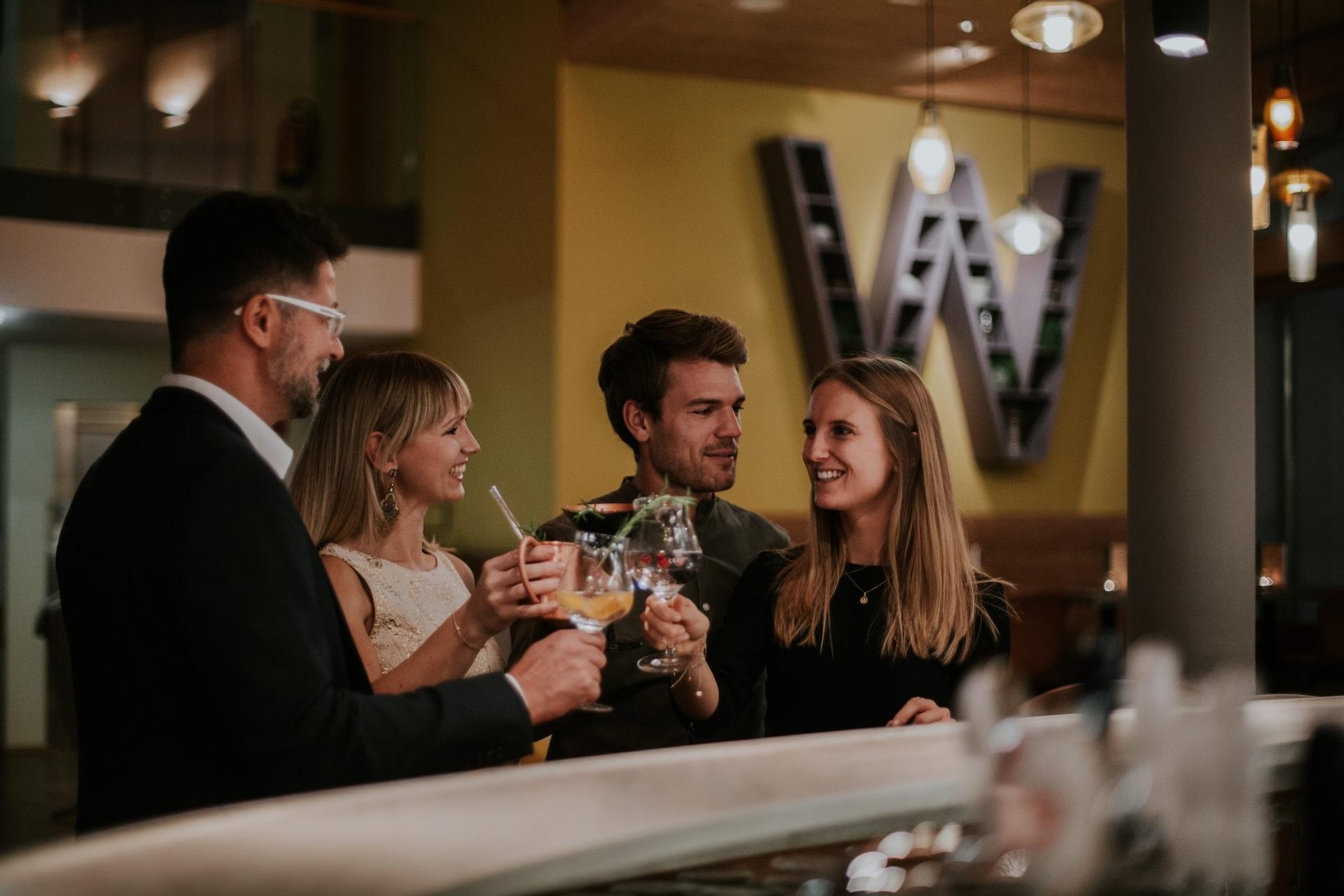 Cocktails an der Bar in der Wasnerin